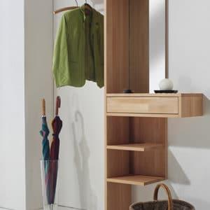 Garderobe Cubik in Buche